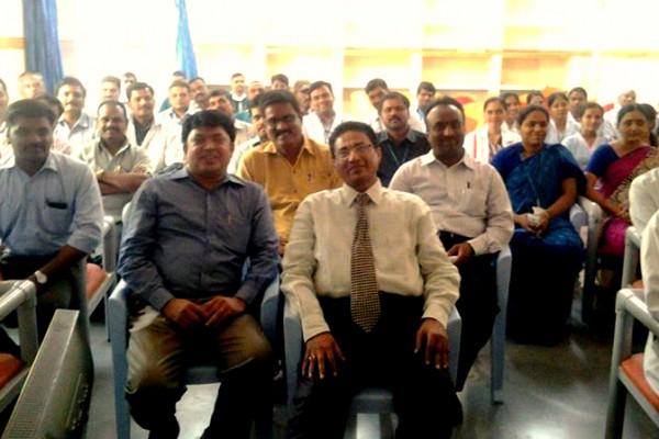 Mahashringadasa with Dr. Sami ullah - MBBS, MBA(USA), ASQ COM/OE(USA) Administrator Apollo Hospital DRDL